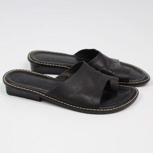 Donald J Pliner black FEG sandal toe ring heel